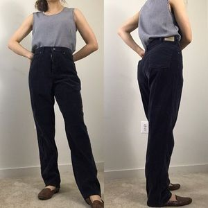 Vintage • L.L. Bean Navy Corduroy High Rise Pants